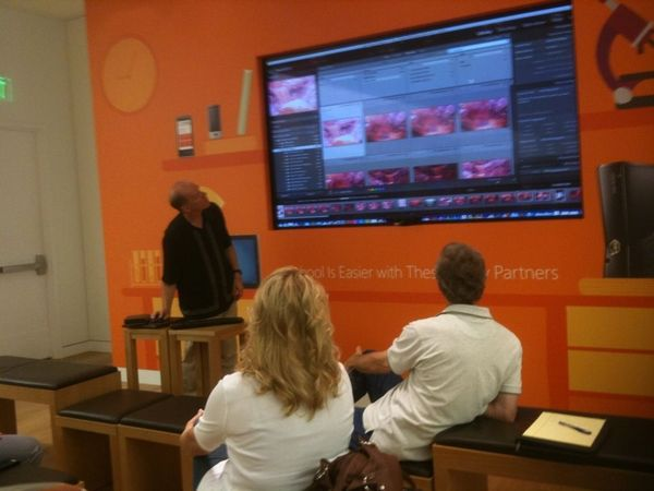 Adobe Software Tutorial at the Microsoft Store in Mission Viejo Mall